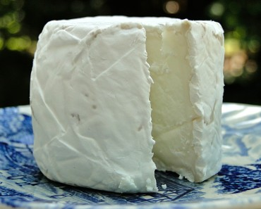 goat cheese lactose